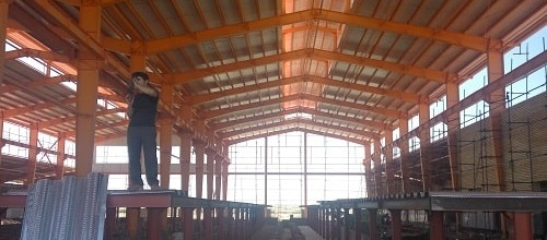 سقف عرشه سکوهای راه آهن